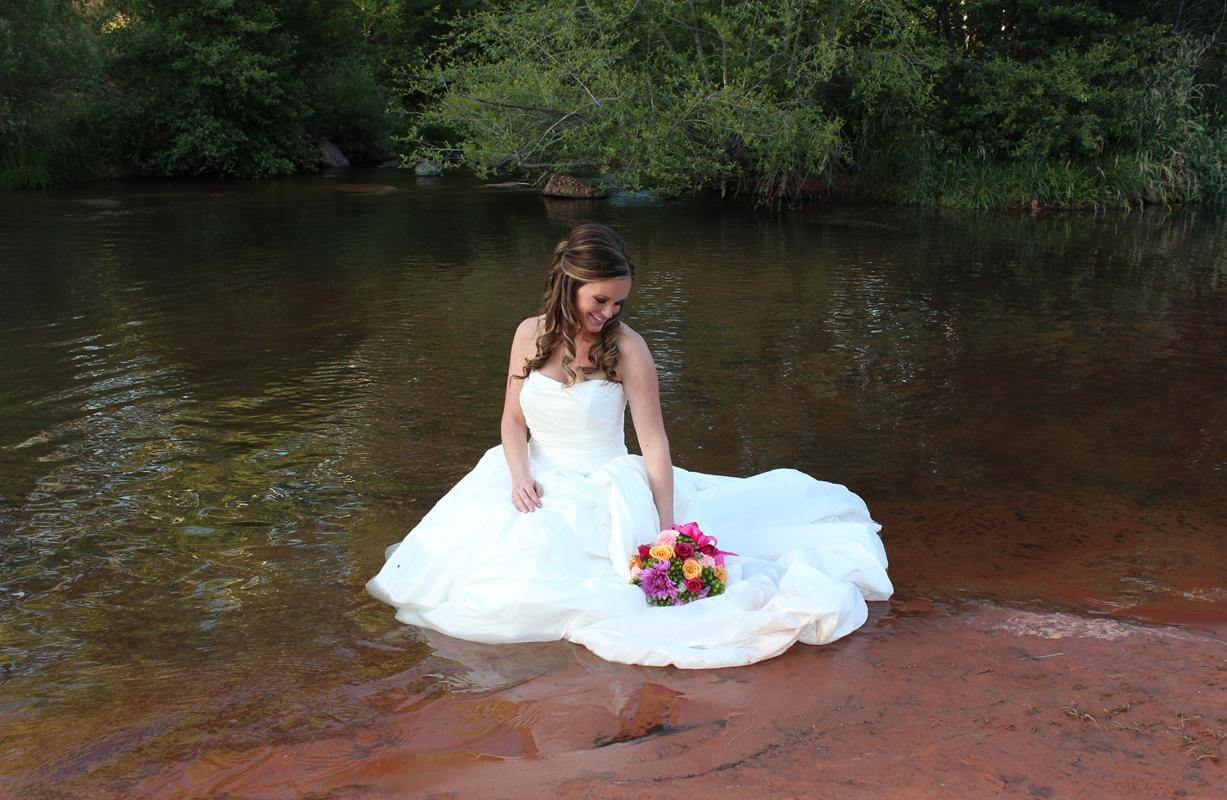Oak Creek Bride Takes the Plunge