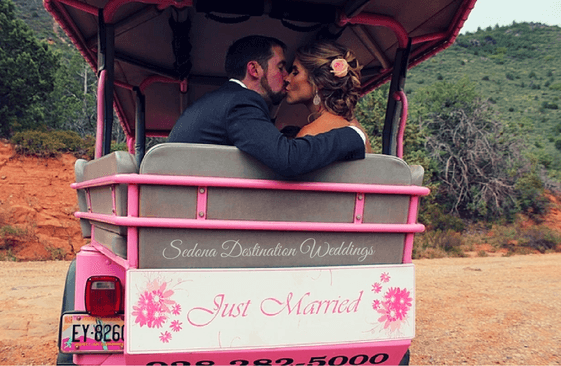 sedona wedding in a ping jeep