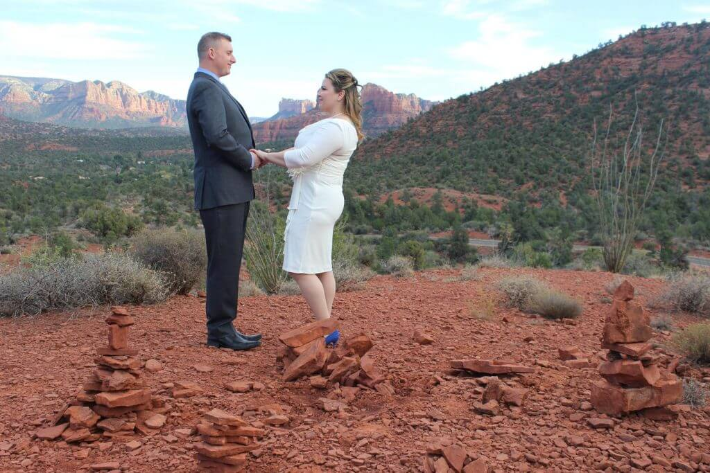 Stephanie-Scott-Sedona-Weddings