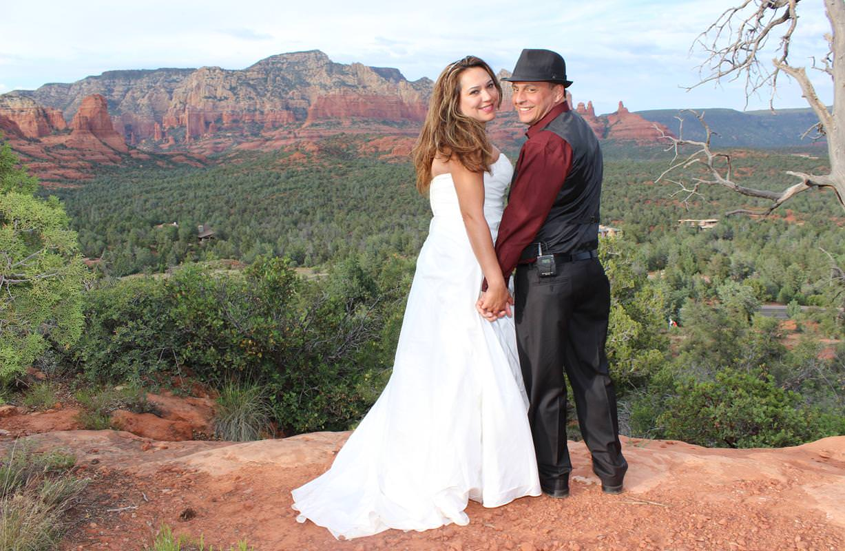 marriage-martisa-james-sedona-destination-weddings