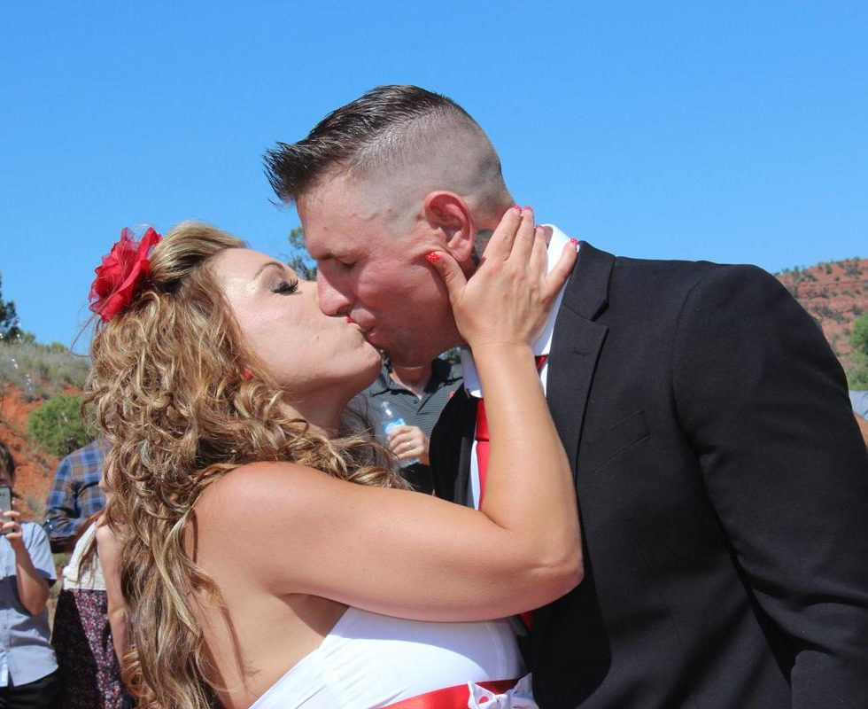 Wedding Ceremony of Tracy and Jonathan at Red Rock Crossing in Sedona
