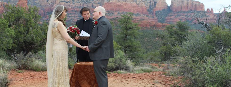 The Sedona Wedding of Ariana and Tom at Magic Vista