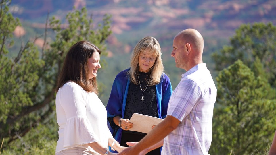 Timothy and Amanda's Sedona Wedding at Magic Vista