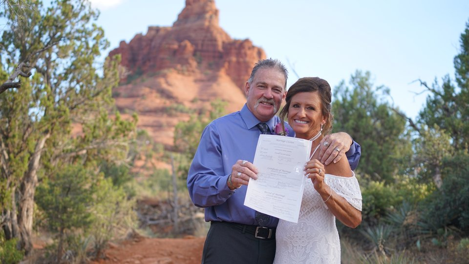 Jackie & Edward's Sedona Wedding at Bell Rock